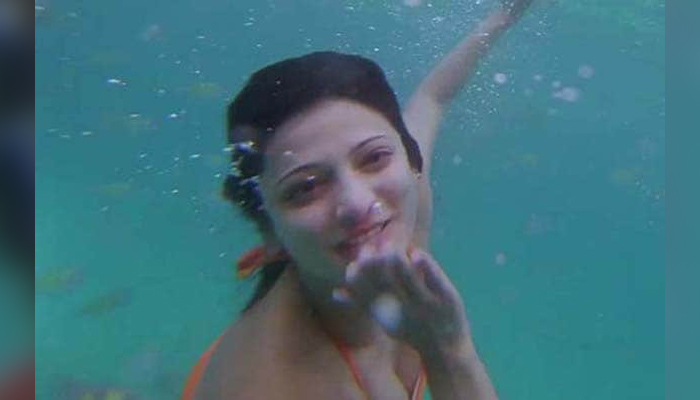 shruti underwater photoshoot pics