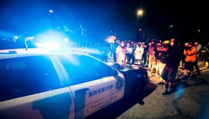 police shoots black man in los angeles