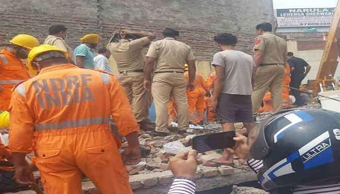 Dera Bassi building collapses