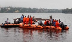 boat capsizes in chambal river