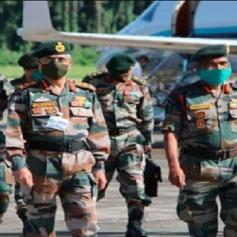 army chief general naravane arrived ladakh