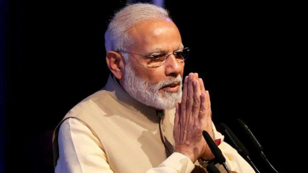 PM Modi offers tribute