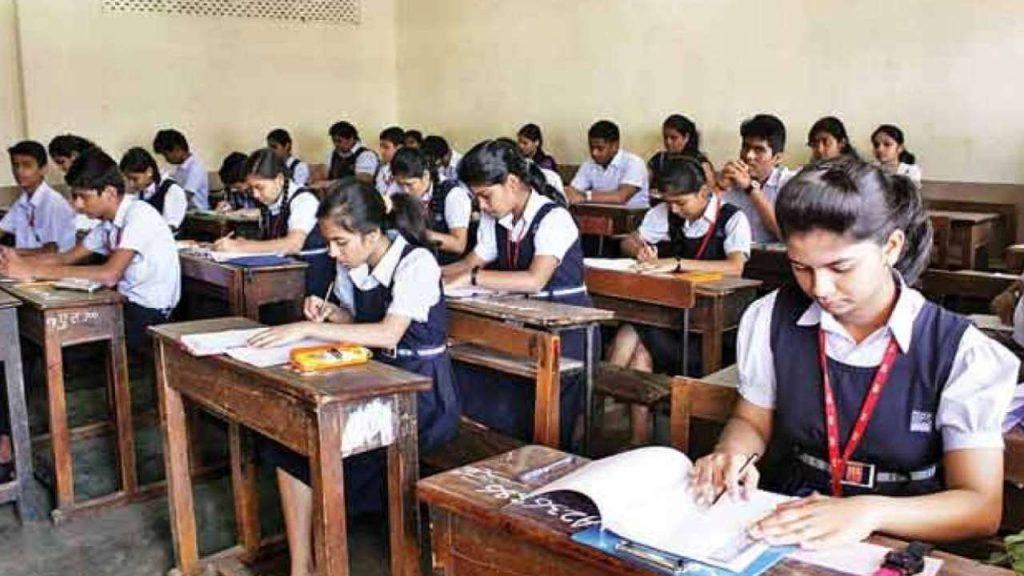 kejriwal congratulates to students