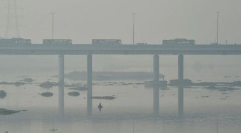 Delhi air quality turns severe