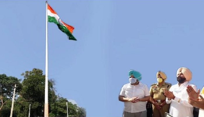 100 feet long national flag