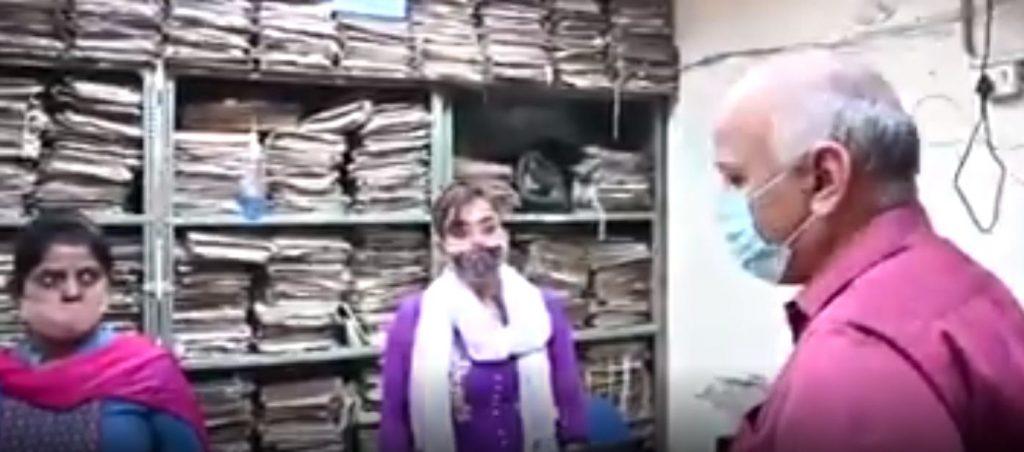 Manish Sisodia Surprise Raid