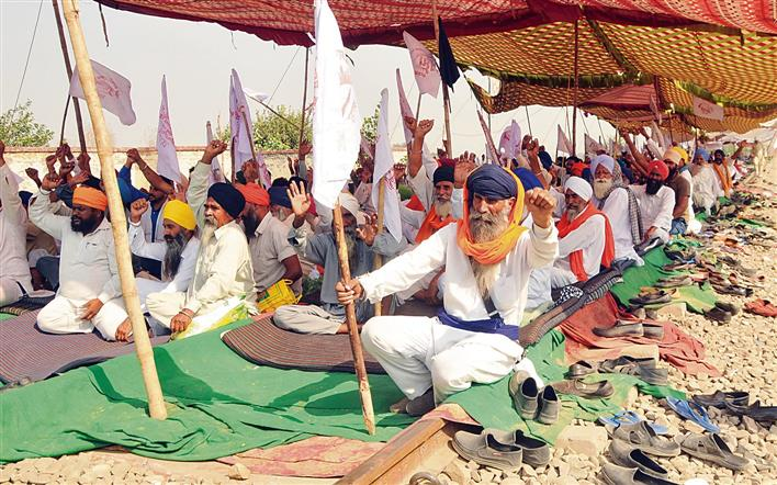 Punjab farmer groups to hold talks