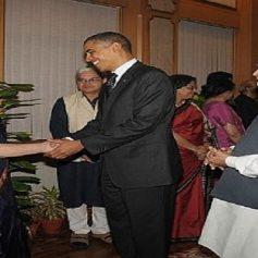 Obama besieges Gandhi family again