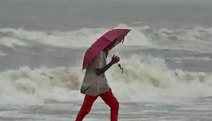 Nivar weakens into severe cyclonic storm