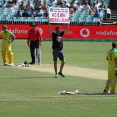 aus vs ind 1st odi two protesters