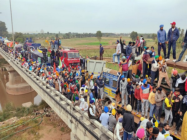 Rahul Gandhi on farmers protest