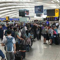 sub inspector slaps airline staff