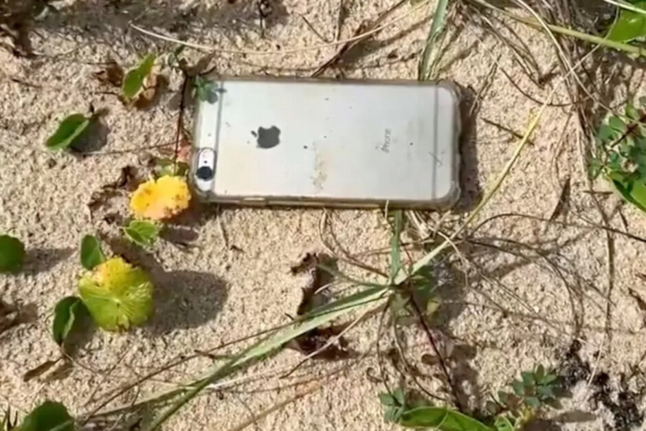 iPhone 6s survived the crash