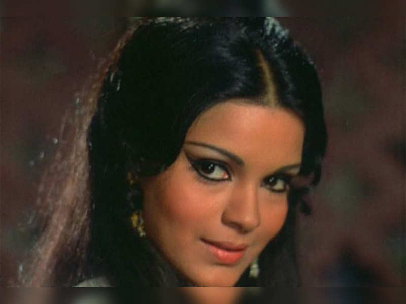 famous actress Zeenat Aman