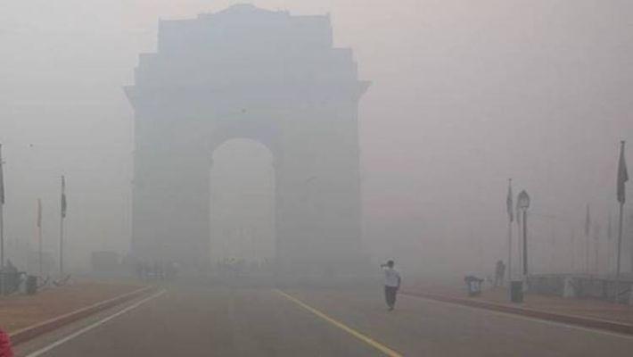 Delhi air quality continues to remain