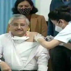 Dr guleria receives covid19 vaccine