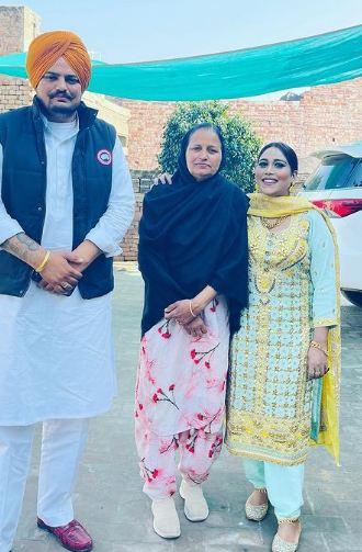 Afsana Khan and Sidhu Moosewala