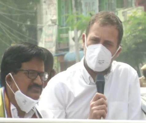 Rahul Gandhi targeted PM Modi
