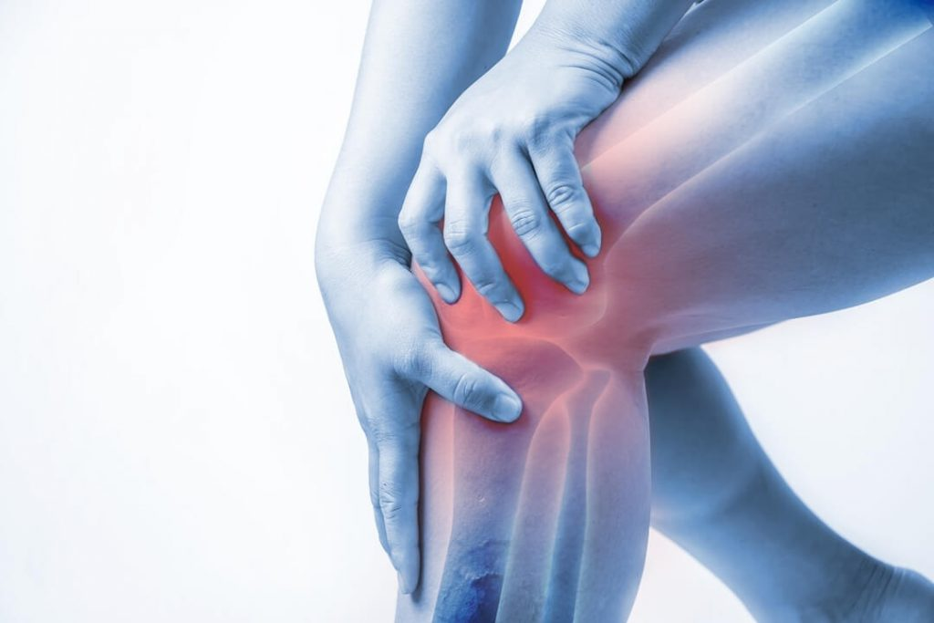 House women knee pain