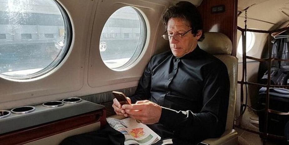 India allows Imran Khan plane