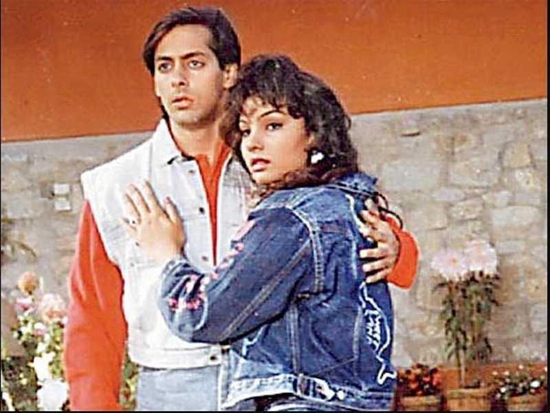 Salman's ex-girlfriend Somi Ali