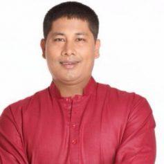 Assam minister threatens journalist