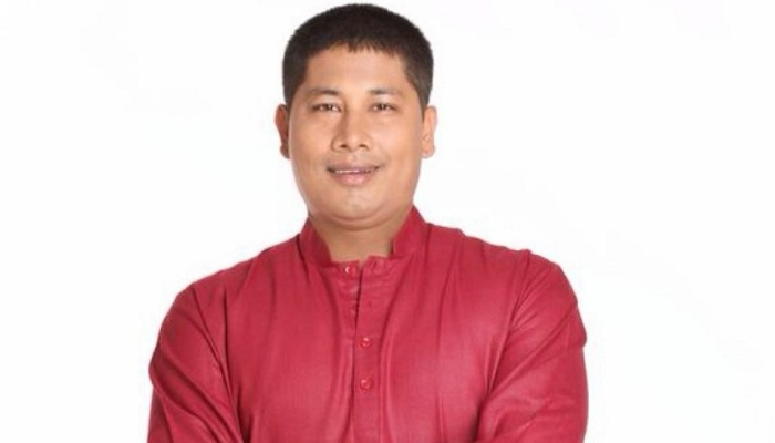 Assam minister threatens journalist