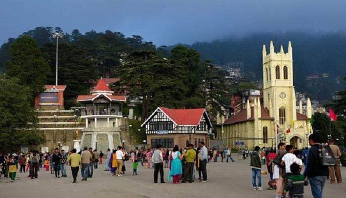 People traveling to Himachal Pradesh