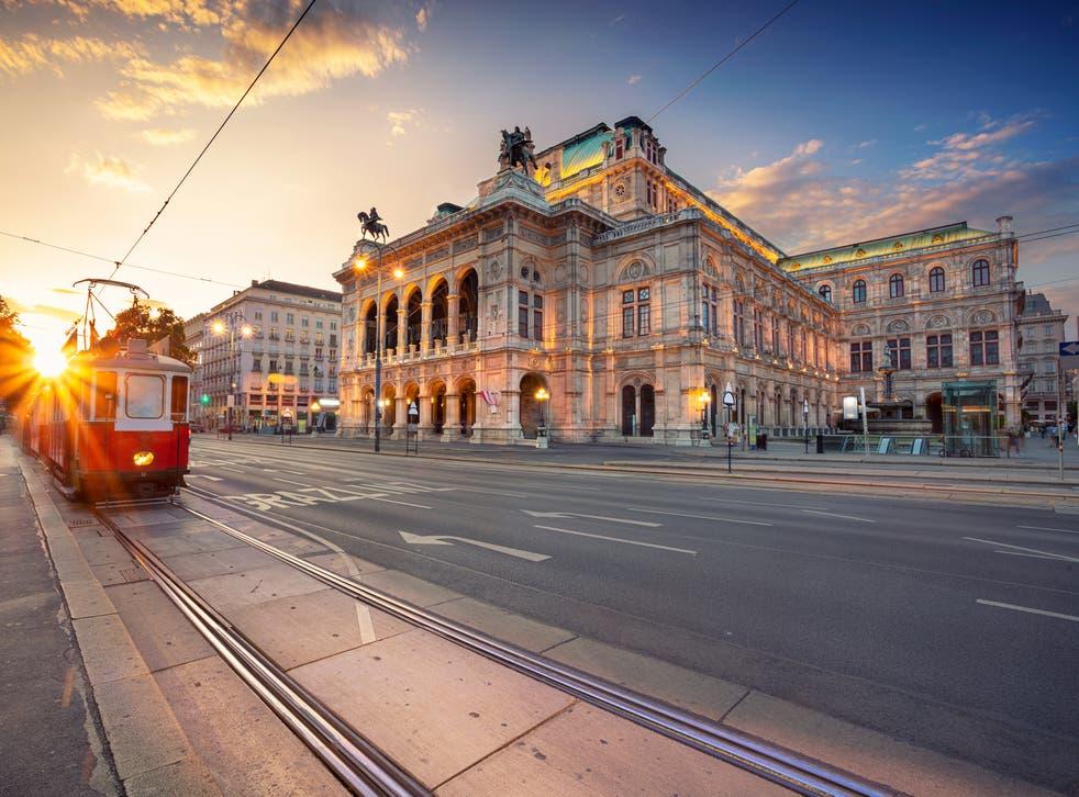 Austria bans UK flights