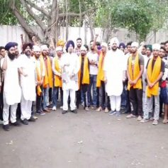 Youths joined the Akali Dal
