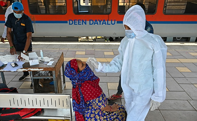 India reports 62224 new cases
