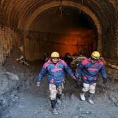 Two laborers died five injured