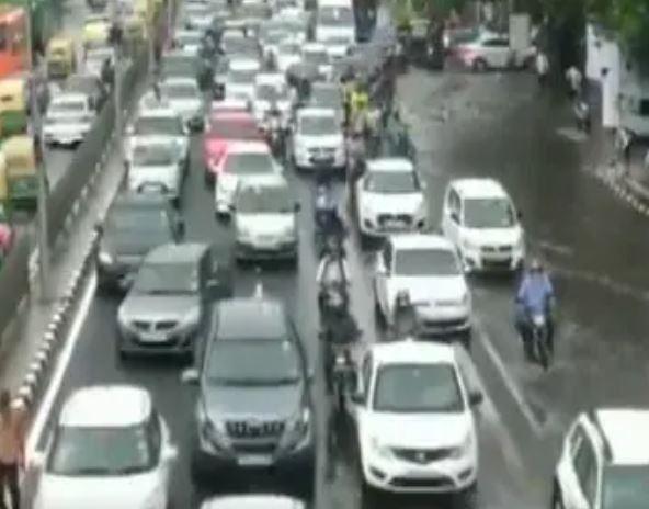 Heavy rains lash parts of Delhi-NCR