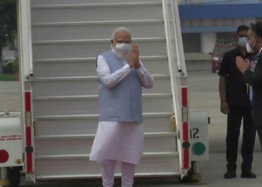 PM Modi receives grand welcome