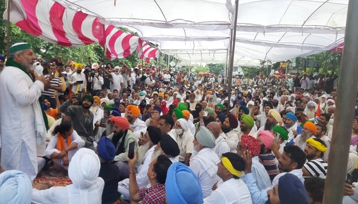 administration and farmers meeting