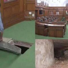delhi assembly red fort secret tunnel