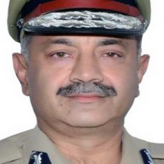 ips sidharth chattopadhyay gets
